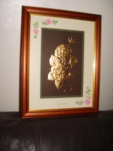 Golden Roses, Queen Elizabeth, 22carat Gold Leaf.